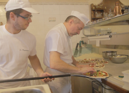 Bergamasca - pizza making 4